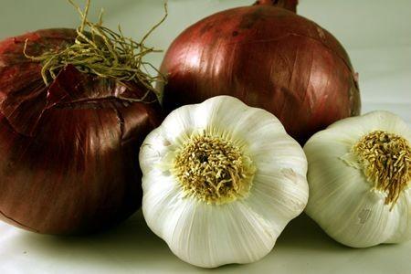 garlic_onions.jpg